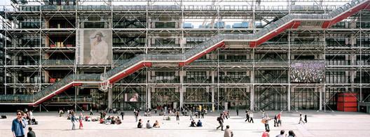 Pompidou Centre, Paris / Richard Rogers and Renzo Piano. Image via incollect