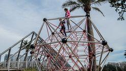 Materiales: equipamiento urbano, juegos y mobiliario para espacios públicos