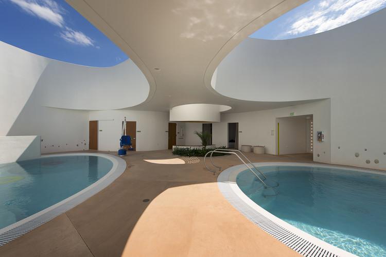 Therapeutic Pools for La Esperanza School / FUSTER + Architects, © Jaime Navarro