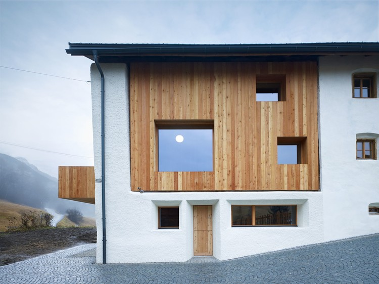 Florins Residence / Philipp Baumhauer Architects, © Ruedi Walti