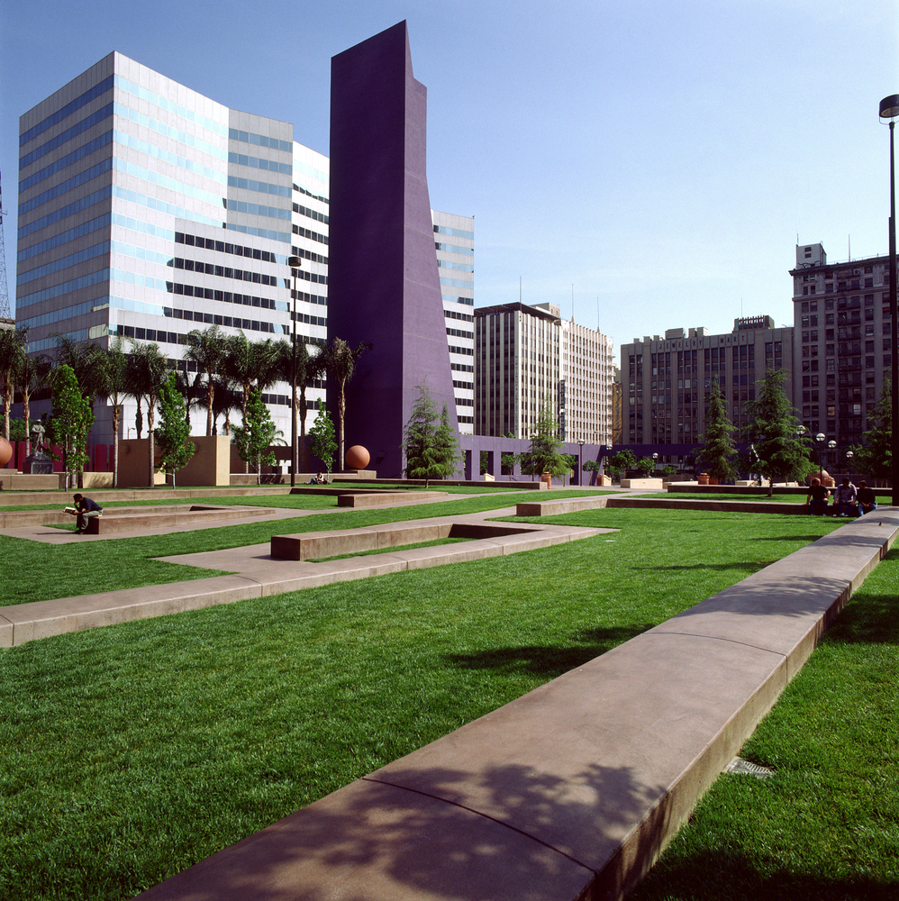 AD Classics: Pershing Square,© Legorreta + Legorreta, photograph by Lourdes Legorreta