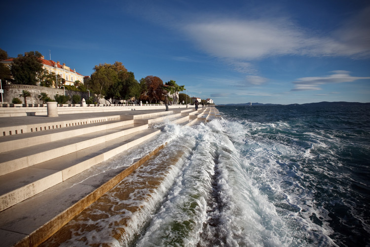 Hear This Croatian Seawall Sing as the Wind and Waves Lap the Shore, The 'Sea Organ' / Nikola Bašić . Image © Tim Ertl