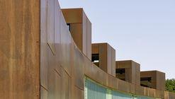 Banheiro Público / Müntinga + Puy Architekten