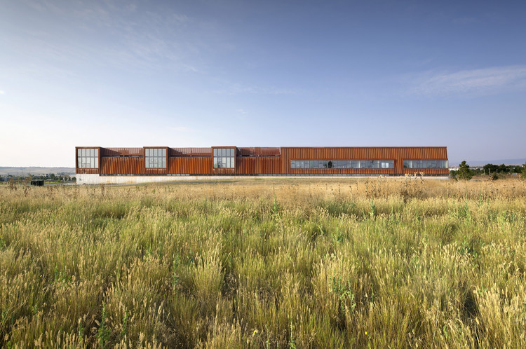 Pearl Izumi North American Headquarters  / ZGF Architects, © Raul J. Garcia