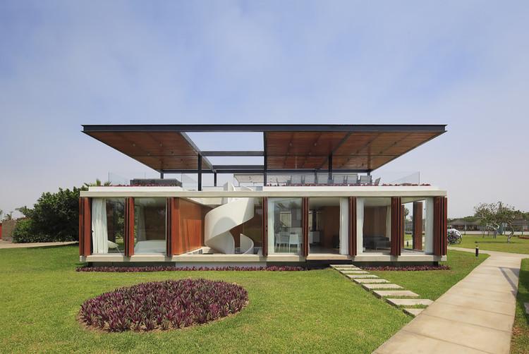 Casa ASIA / Jorge Marsino Prado, © Juan Solano Ojasi