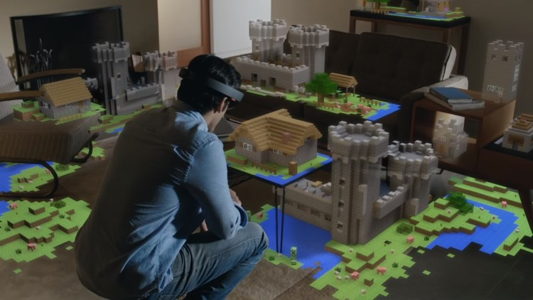 Microsoft HoloLens.  Imagen vía screenshot vídeo Microsoft HoloLens