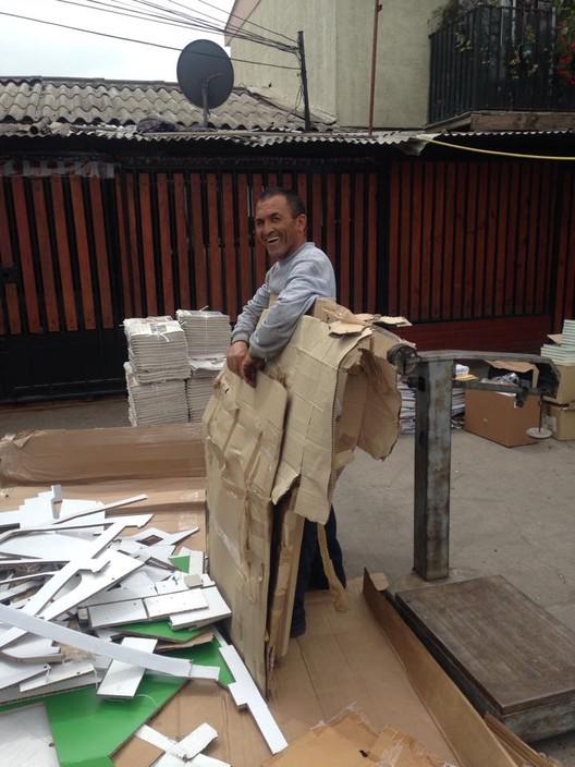 Reciclaje al final del proyecto. Image Cortesía de LatinARQ