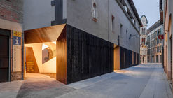 A Door to the Landscape / Arnau estudi d'arquitectura
