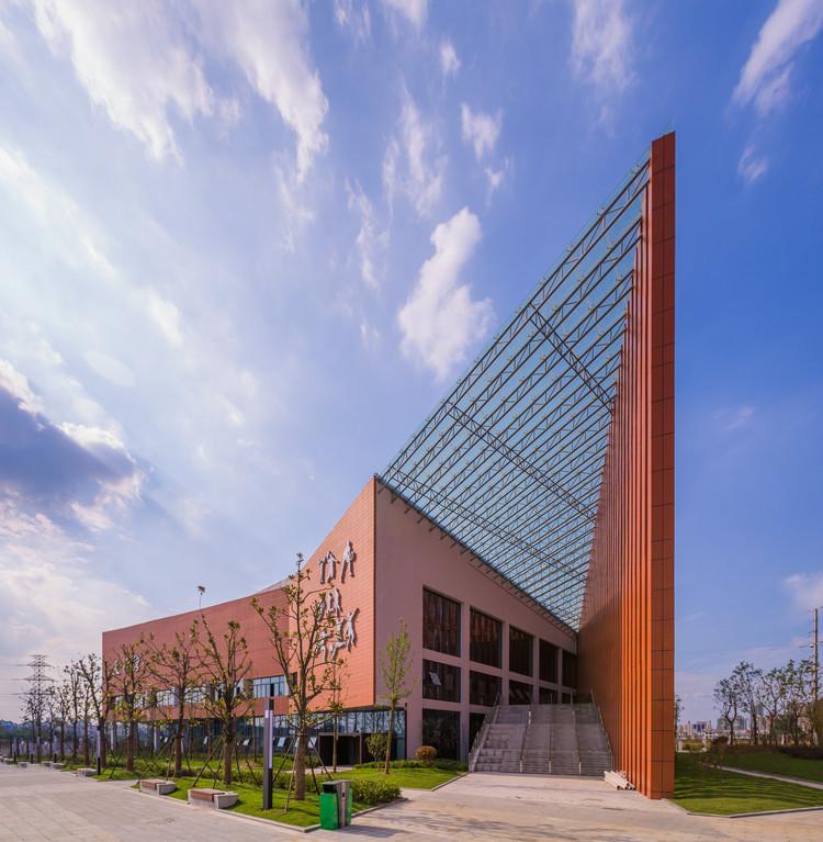 HeFei No.10 Secondary School / Di Ping Xian, © Shi Shichao