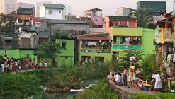 Estas islas artificiales filtran el agua de los canales urbanos