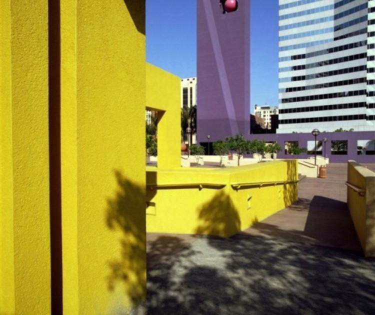 Pershing Square. Image vía Legorreta+Legorreta