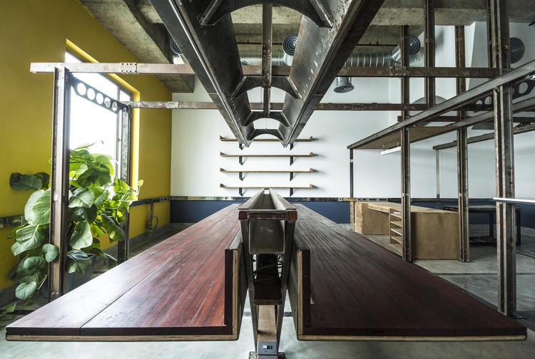 Architecture Workspace / Harsh Vardhan Jain, © Nakul Jain