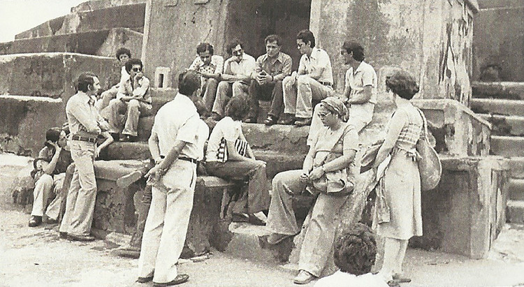 Durante una clase magistral. Image Cortesía de Archivo Victor Pimentel