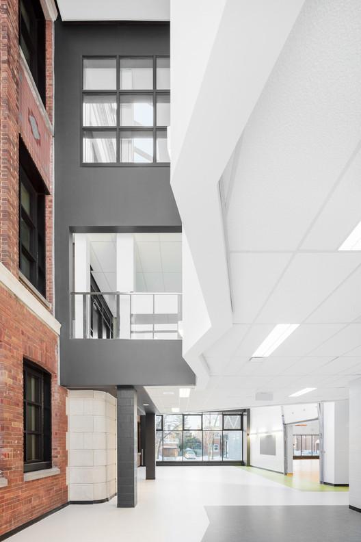 Barclay School Expansion / NFOE et associés architectes, © Charles Lanteigne