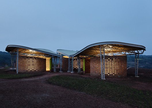 Women's Opportunity Center / Sharon Davis Design. Image © Elizabeth Felicella