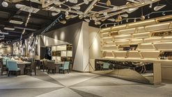 YKC II / PLOTCREATIVE Interior Design
