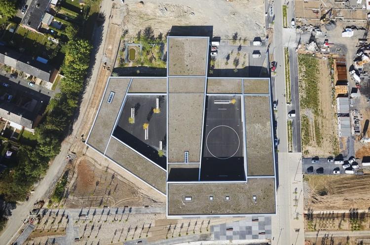 Escuela Grupo Paulette-Deblock / zigzag architecture, © Julien Lanoo
