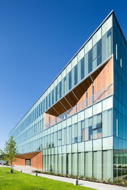 Centro de Operaciones y Patio de Obras Surrey / Taylor Kurtz + RDH, © Ema Peter Photography