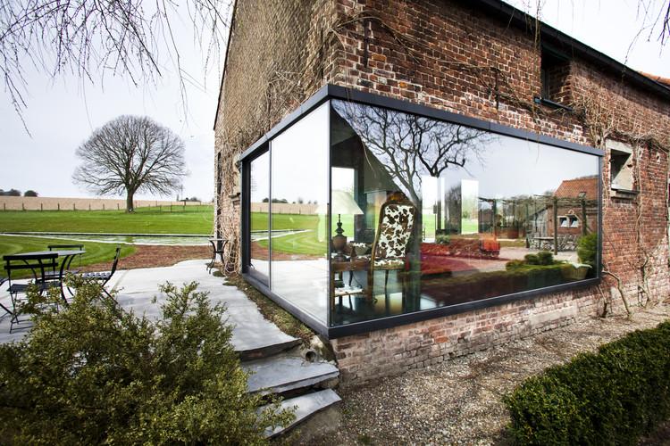 Casa de campo Lennik / Studio Farris Architects, © Tim Van de Velde