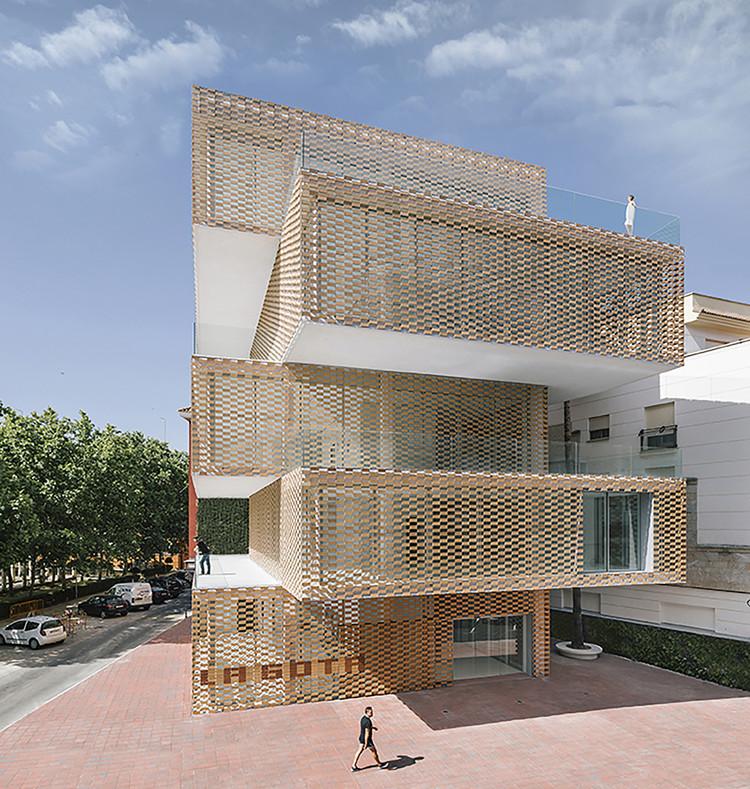 Centro Cultural La Gota  - Museo del Tabaco / Losada García , © Miguel de Guzman
