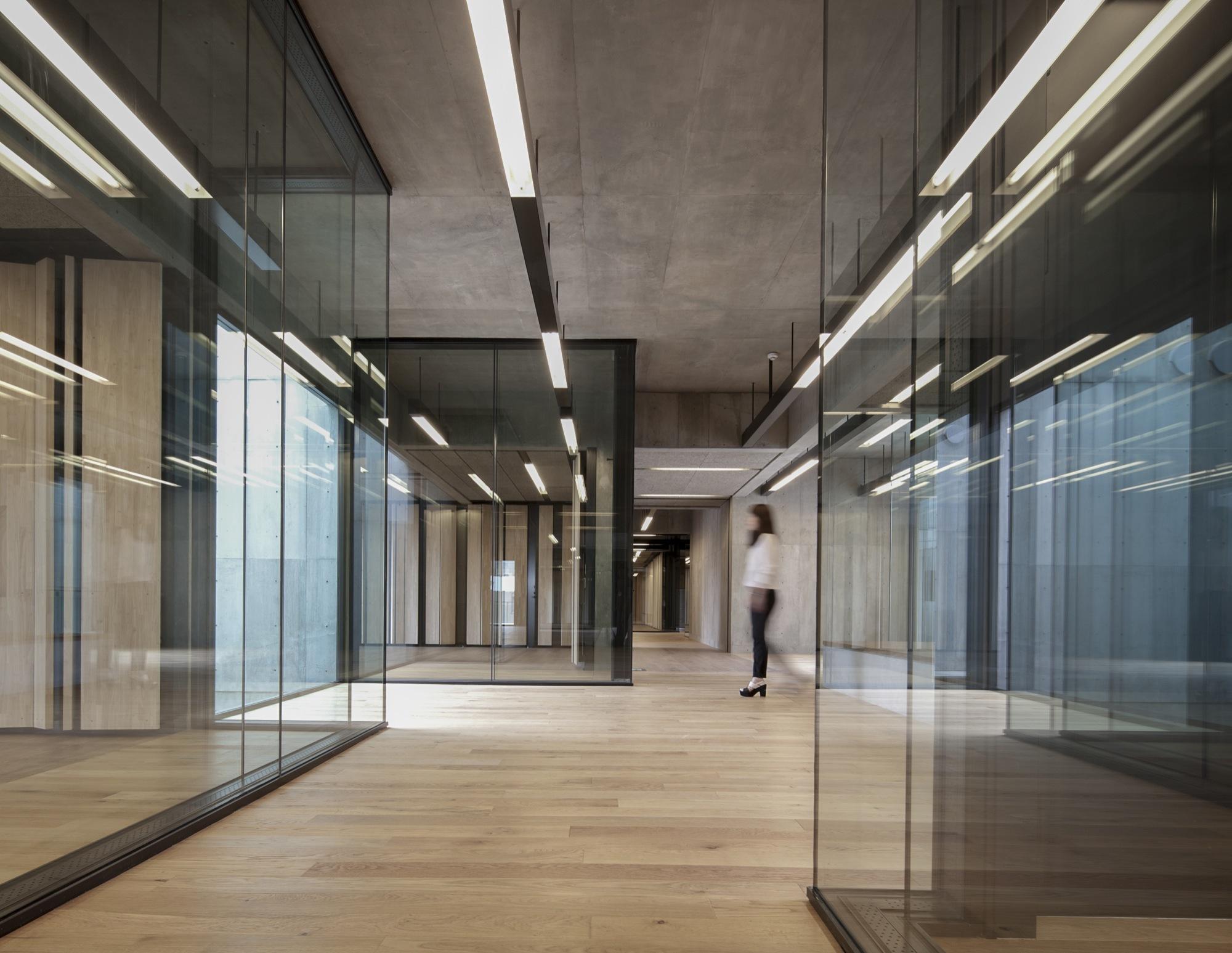 School Interior Design Style