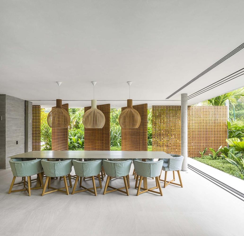 Gallery of White House  Studio MK27  Marcio Kogan  Eduardo