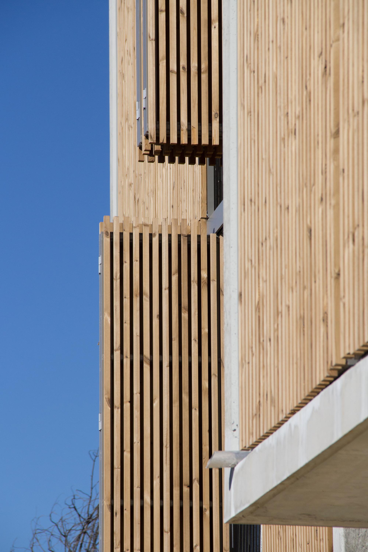galeria de habita o social lojas em mouans sartoux comte et vollenweider architectes 5. Black Bedroom Furniture Sets. Home Design Ideas