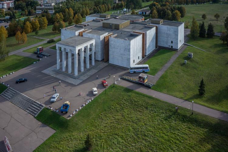 V. I. Museo de Lenin en Gorki / Leonid Pavlov. Imagen © Denis Esakov y Dmitry Vasilenko