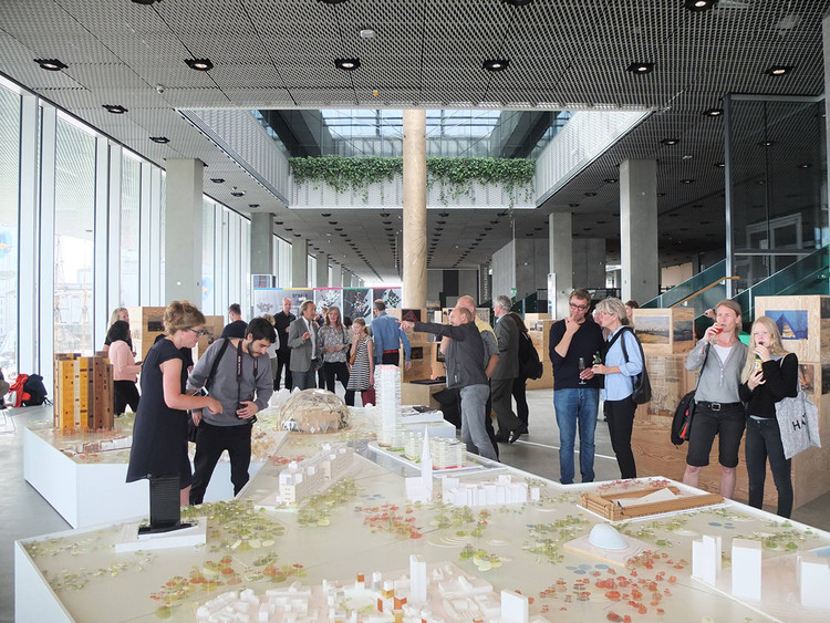 Create with Aarhus, in Aarhus. Opening of the exposition in Dokk1. Image Courtesy of Schmidt Hammer Lassen Architects