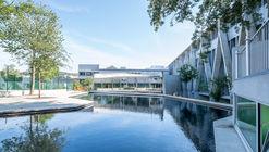 Escuela Secundaria de Barcelos / Cerejeira Fontes Arquitectos