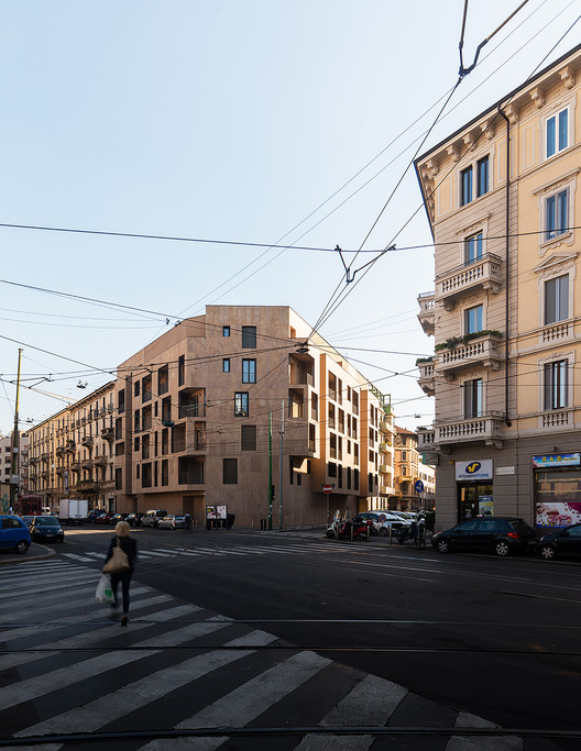 P17 Housing in Milan / Modourbano, © Simone Bossi