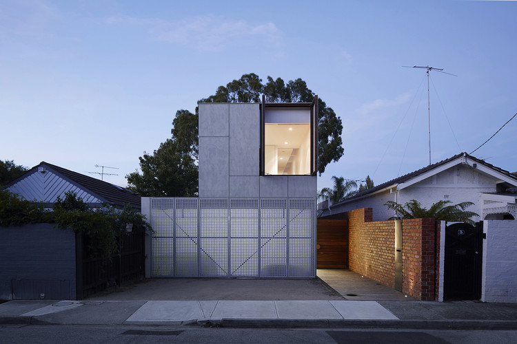 May Grove / Jackson Clements Burrows Architects, © Peter Clarke