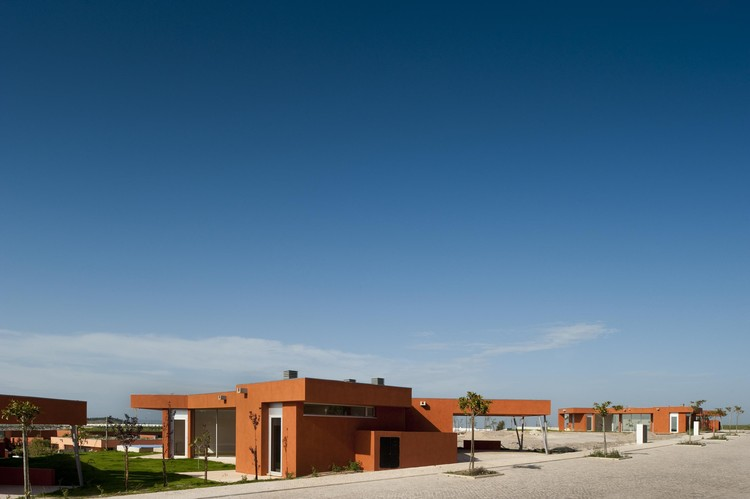 Casa X / Atelier dos Remédios, © Fernando Guerra | FG + SG