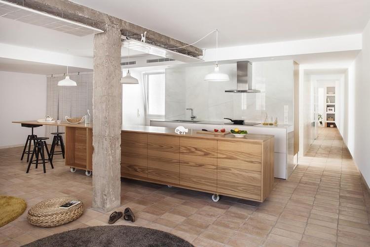 Vernacular Penthouse / El fabricante de espheras , © Milena Villalba