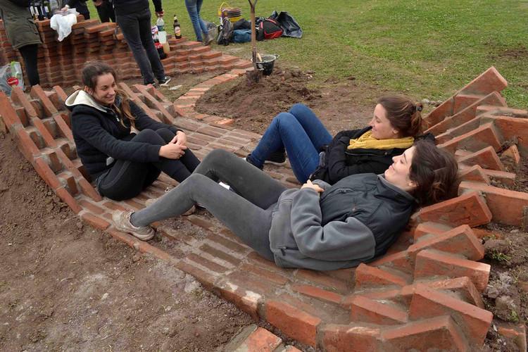 Por Paula Cesaretti, María Josefina Correa, Ana Laura Gurmendi, Victoria Rainaudo. Image © TEM 2015