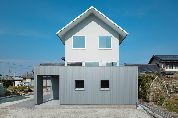 Floating House / Shuhei Goto Architects, © Takumi Ota