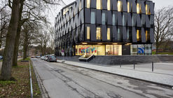 Nueva-Blauhaus / kadawittfeldarchitektur