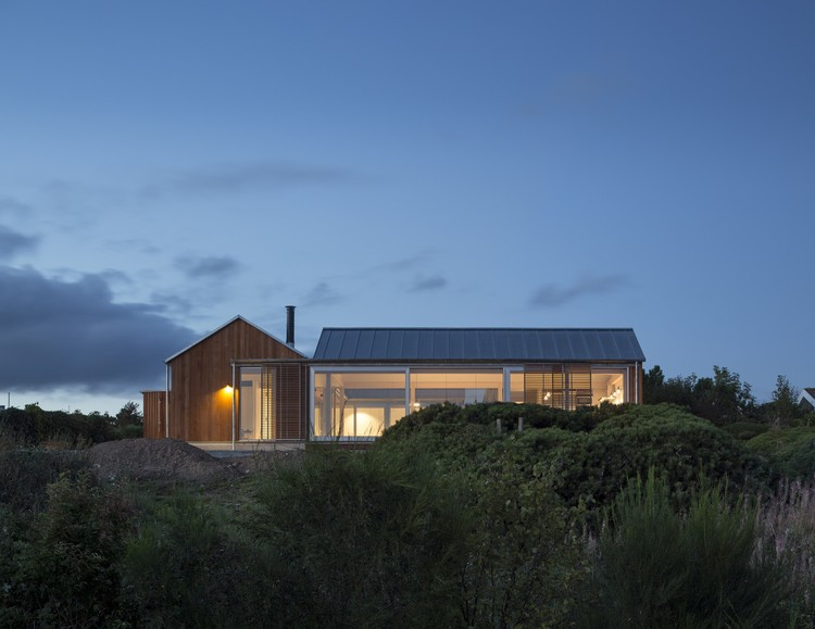 House at Mols Hills / Lenschow & Pihlmann, © Hampus Berndtson
