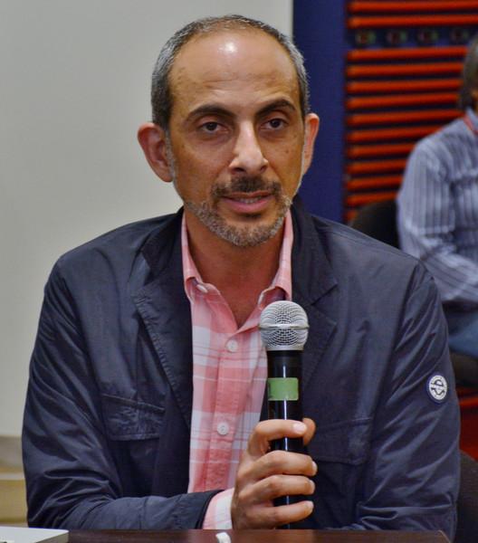 Exposición del Arq. Ricardo Abuauad. Image Cortesía de Ediciones Puro Chile