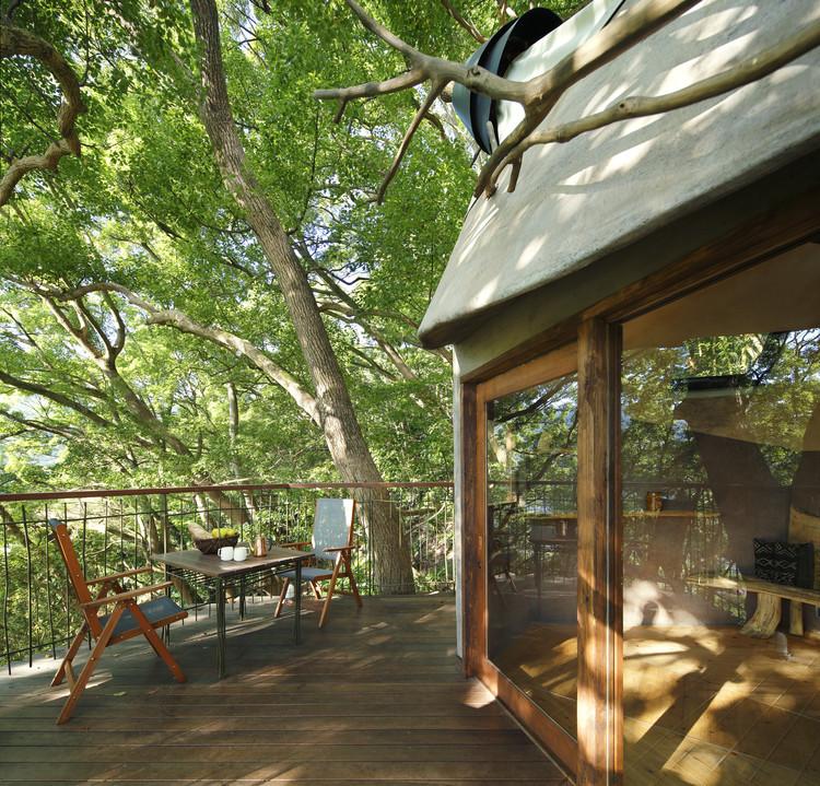 Bird's Nest Atami / Hiroshi Nakamura & NAP Architects. Image © Koji Fujii / Nacasa & Partners