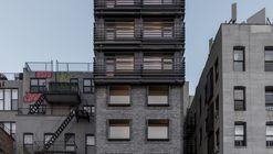 120 Calle Allen / Grzywinski+Pons