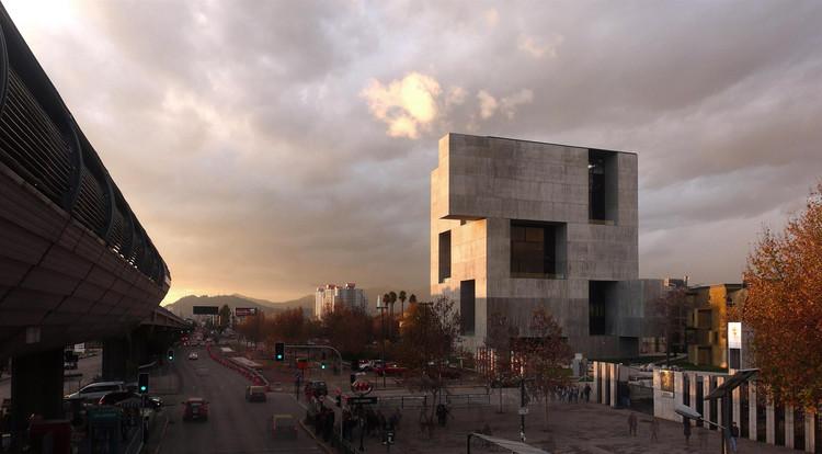 UC Innovation Center – Anacleto Angelini, San Joaquín Campus, Universidad Católica de Chile. Santiago, Chile 2014. Image © Nina Vidic