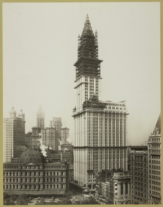 Woolworth Building construction. Image via The New York Public Library