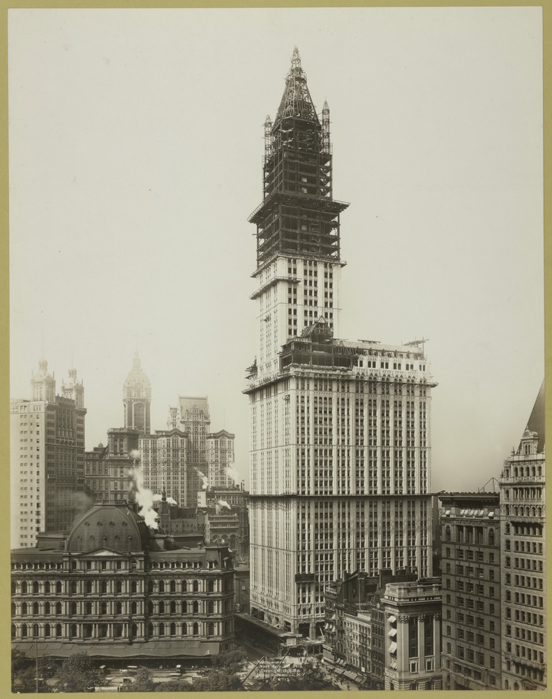 These Are the Best Architecture Images from the NYPL's New Public Domain Collection,Woolworth Building construction. Image via The New York Public Library