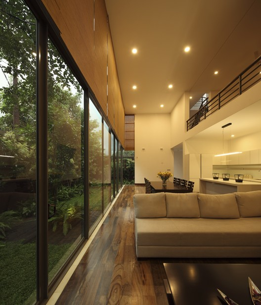 Layered House / KWA Architects, © Eresh Weerasuriya