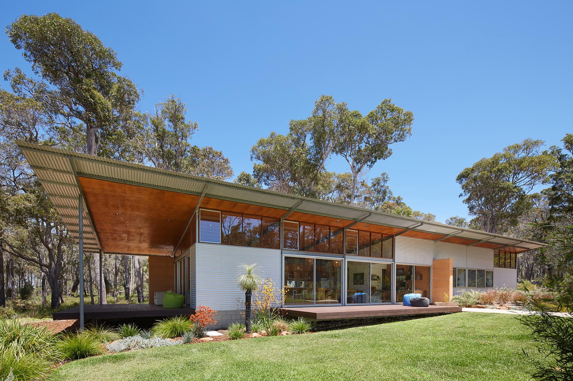 Gallery of bush house archterra architects 20 for Pavillion home designs australia