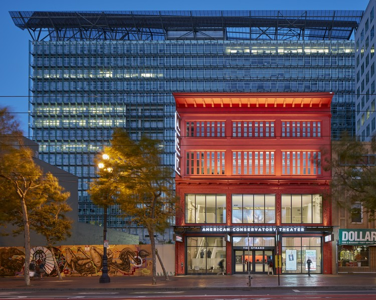 The Strand, American Conservatory Theater (A.C.T.) / Skidmore, Owings & Merrill. Image © Bruce Damonte