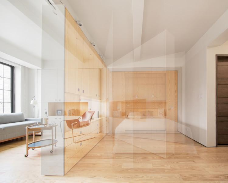 Pivot Apartment / Architecture Workshop PC. Image © Robert Garneau