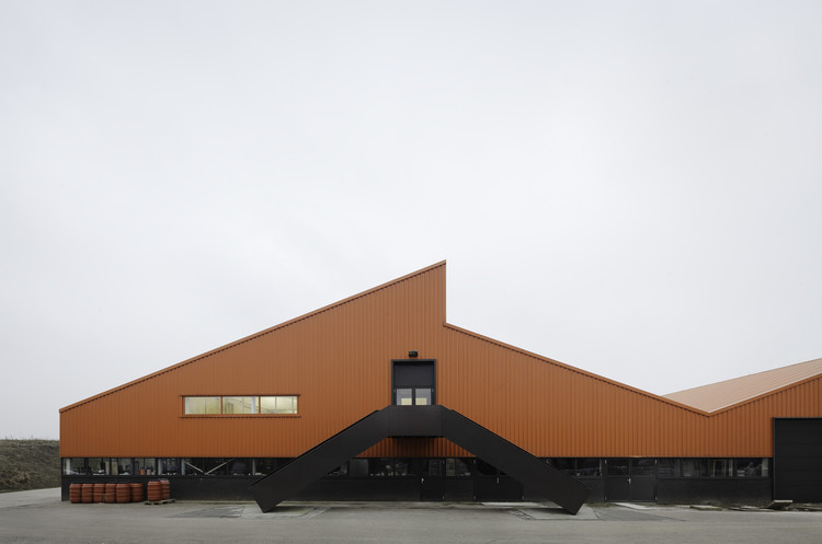 Oficina interior de Royal Tichelaar / Monadnock, © Stijn Bollaert