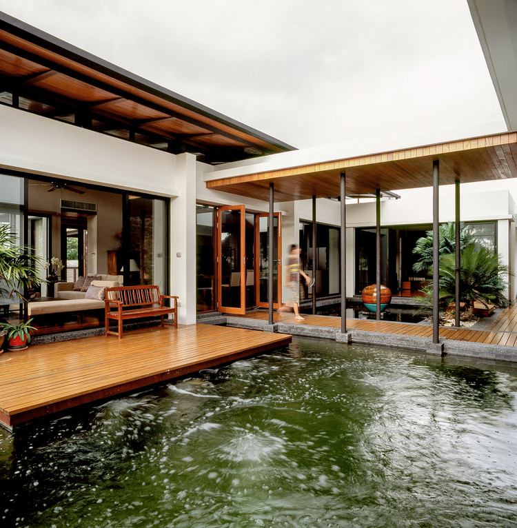 nature shui feng architect junsekino archdaily architecture houses modern studio designs casa spaceshift photograph thailand tropical residential bangkok water lake
